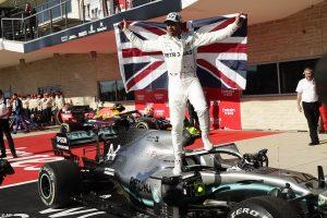 tay đua f1 Lewis Hamilton