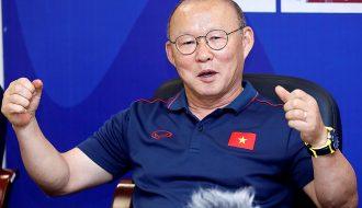 """Tuyển Việt Nam cùng malaysia đua chặng """"nước rút"""" do hoãn vòng loại World Cup tới tháng 6"""