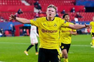 """""""Tôi không rõ là nhờ động lực, sự đam mê hay yếu tố gì khác, rõ ràng chúng tôi đã chơi hay hơn nhiều. Điều này thật tuyệt vời. Để thủng lưới 2 bàn không tốt nhưng 3 bàn trên sân khách là rất quan trọng"""", Haaland nói thêm. Haaland cũng đưa ra nhận xét: """"Chúng tôi đã lên kế hoạch tốt cho trận đấu này. Edin Terzic (HLV tạm quyền của Dortmund) đã làm tốt. Tôi cũng nói chuyện rất nhiều với ông ấy. Ông ấy nói hôm nay sẽ là trận đấu của tôi và tôi sẽ có cơ hội. Tôi đã làm được. Vì vậy, đây là một chiến thắng quan trọng""""."""